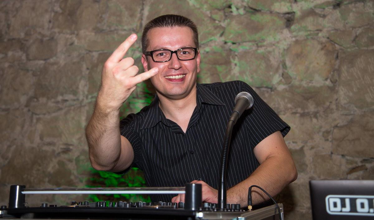 DJ O.B. hatte mit seinem abwechslungsreichen Musikprogramm die Party jederzeit voll im Griff