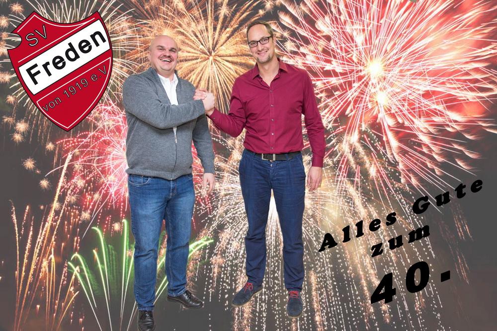 Ein Hoch auf den Neu-Vierziger: El Präsidente Holger Schubert gratuliert im Namen des SV Freden herzlich zum runden Geburtstag