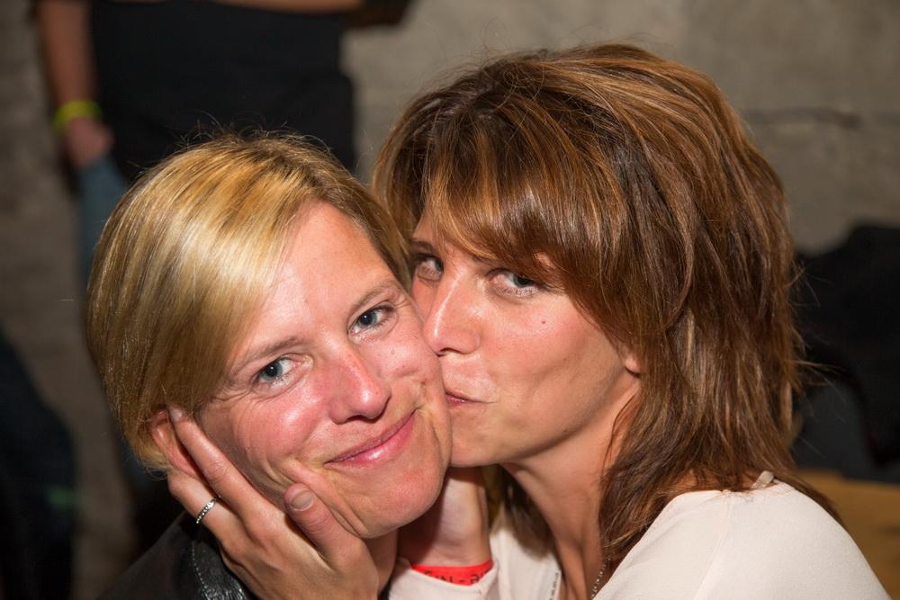 Für gute Freunde gibt man ein Küsschen :)
