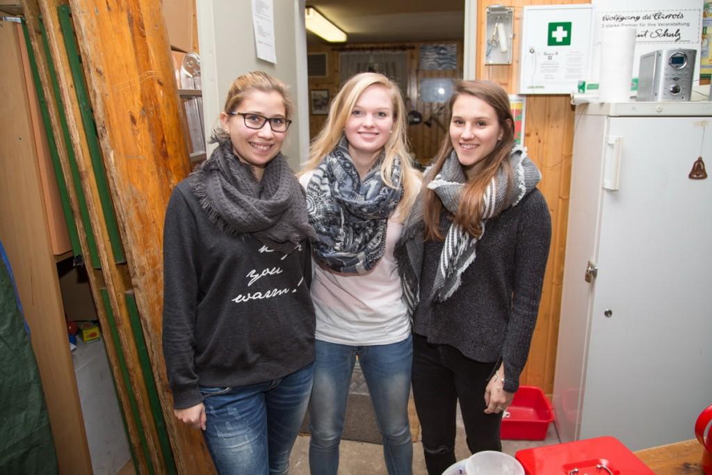 """Das """"Waffelteam"""" Laura, Carina und Julia"""