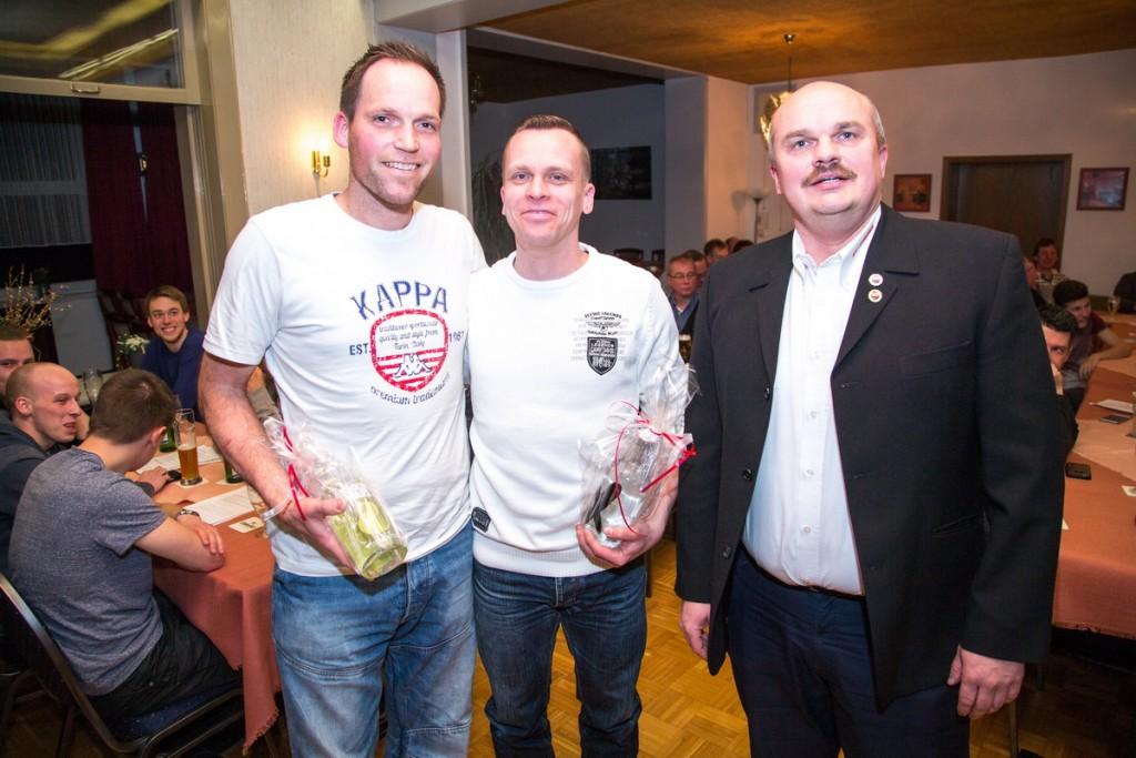 Knut Grommas und Enrico Lemke wurden für ihren Einsatz von Holger Schubert gesondert geehrt