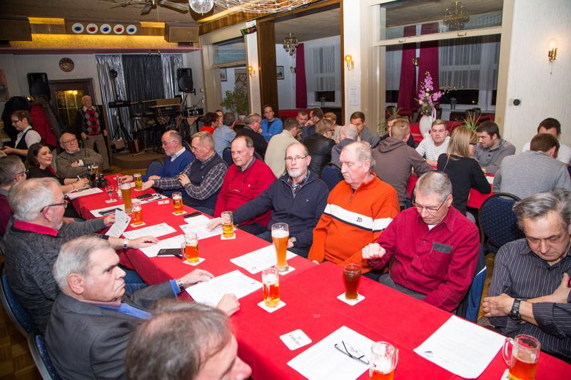 Über 50 Mitglieder kamen zur gut besuchten JHV des SV Freden....