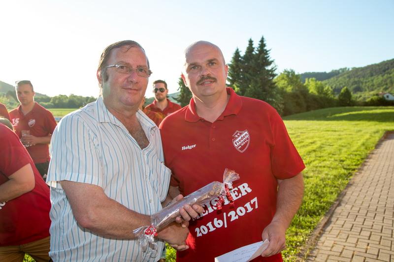 Großer Dank gebührt unserem Günter Hubrich, der den Deal managte....