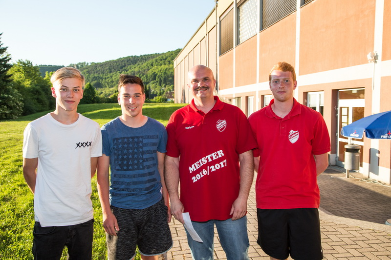 Der SV Freden freut sich über seine neuen Spieler Dominik Wesche, Marvin und Matti Bantje