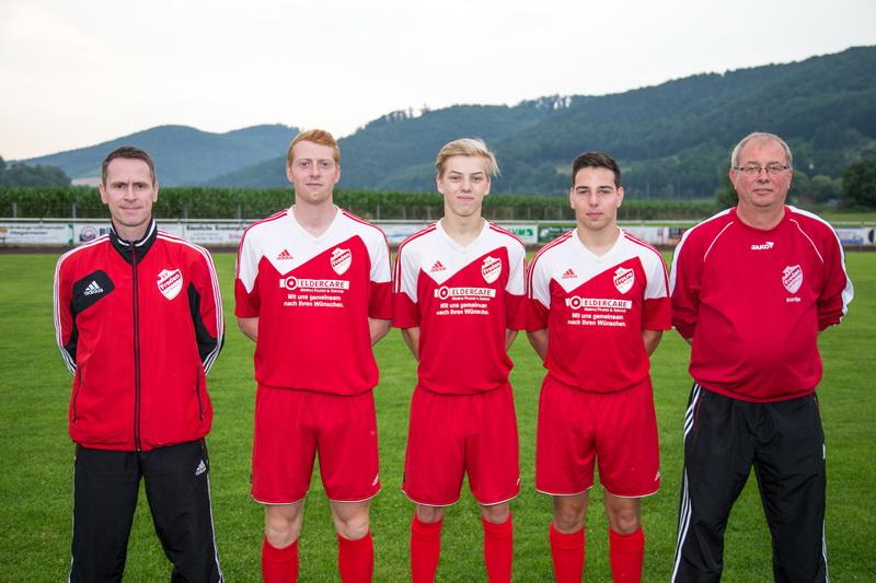 Holger Wesche (Trainer), Matti Bantje, Dominik Wesche, Marvin Gawel, Knut Bantje (Betreuer)